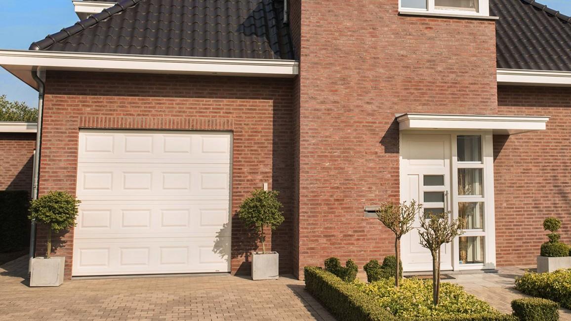 Garagedeuren Verano voor maatwerk, comfort en veiligheid